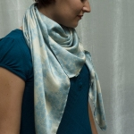 blue bee scarf head 2