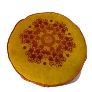 goldroundbeeflowerfrt