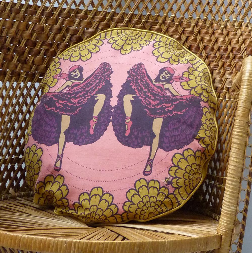 cancan cushion