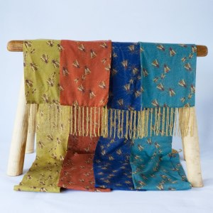 hex-bee-scarves-all