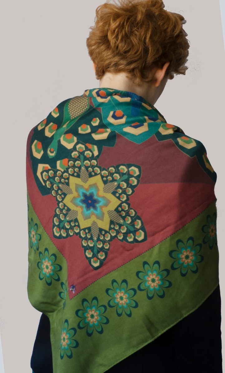 large-peacock-shawl-bk
