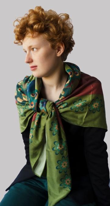 large-peacock-shawl-frt